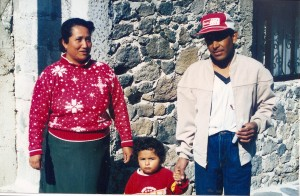 The Olalde family, Mexico, 1995